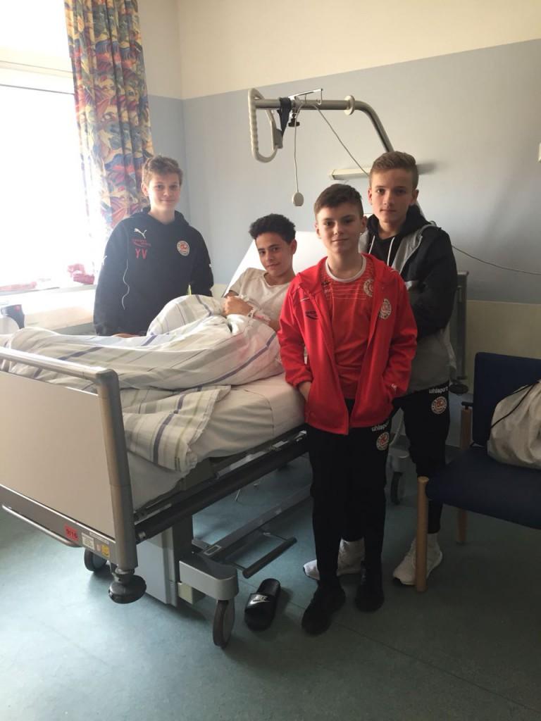Krankenhausbesuch bei Carlo